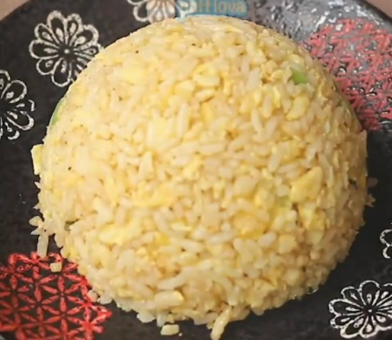https: img.okezone.com content 2020 12 15 298 2328307 lezatnya-nasi-telur-korea-cocok-untuk-sarapan-keluarga-GEuFL9VgMj.jpg