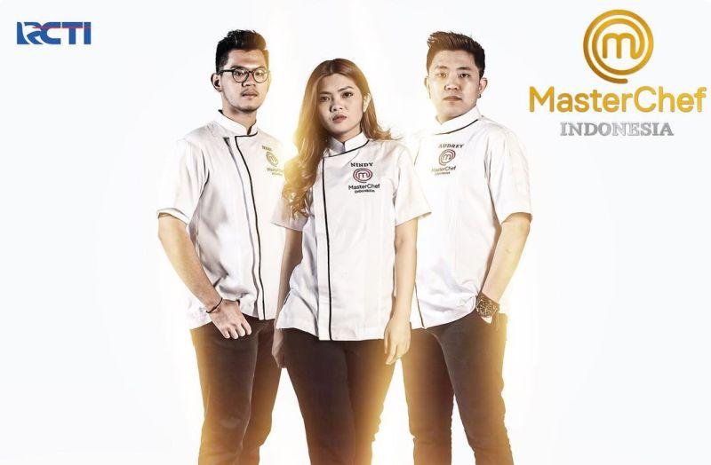 https: img.okezone.com content 2020 12 16 612 2328757 jadi-grand-finalis-masterchef-indonesia-season-7-begini-perasaan-jerry-nindy-dan-audrey-rYXLpvz4VV.jpg