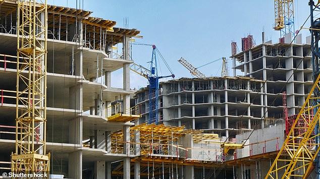 https: img.okezone.com content 2020 12 17 18 2329577 kerusakan-lingkungan-akibat-pembangunan-gedung-capai-rekor-tertinggi-1G22tHzria.jpg