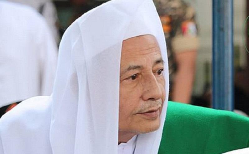 https: img.okezone.com content 2020 12 18 337 2330182 habib-lutfi-bin-yahya-diangkat-sebagai-penasihat-kemenag-Kas2t1i8b7.jpg