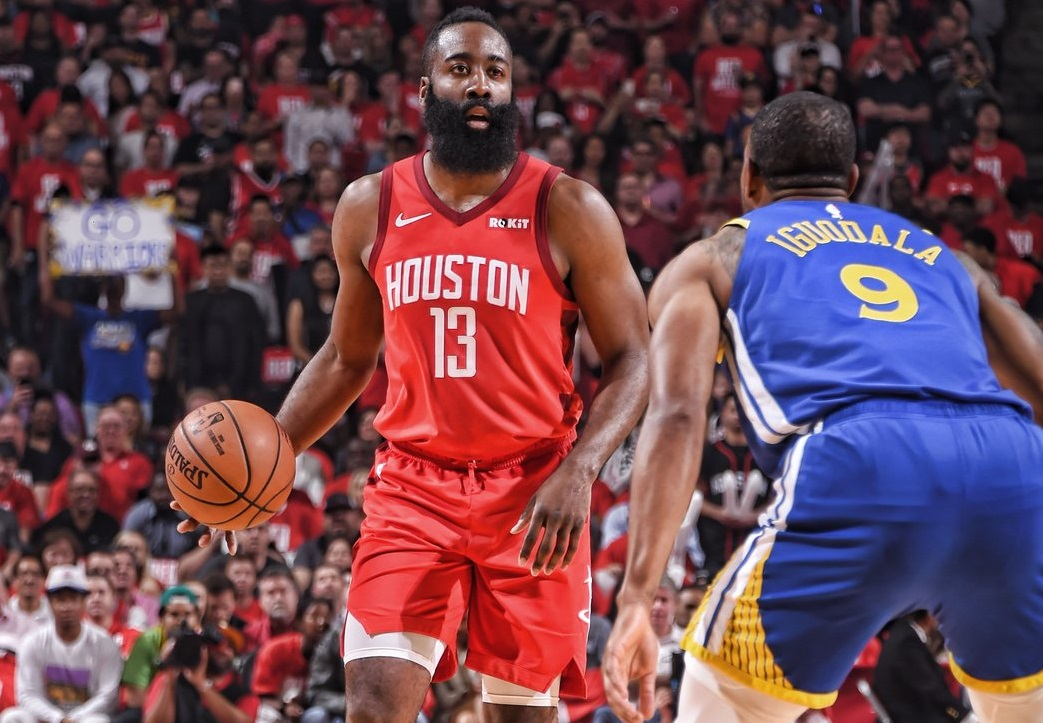 https: img.okezone.com content 2020 12 18 36 2329862 james-harden-pilih-setia-bersama-houston-rockets-0l46H86aLn.jpg