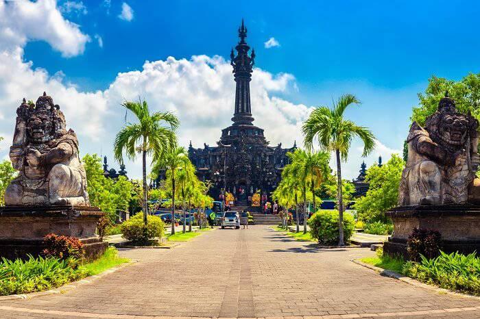 https: img.okezone.com content 2020 12 18 406 2330401 jelang-tahun-baru-tempat-wisata-dan-hiburan-di-denpasar-tutup-jam-11-malam-fm874C4uPz.jpg