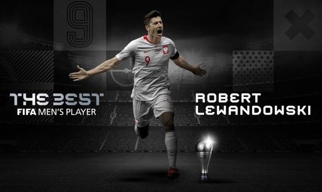 https: img.okezone.com content 2020 12 18 51 2329809 robert-lewandowski-pemain-terbaik-fifa-2020-kalahkan-cristiano-ronaldo-dan-messi-WC7bCtP4np.jpg