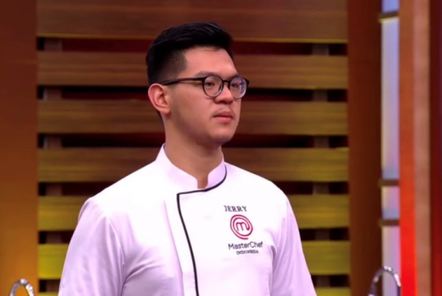 https: img.okezone.com content 2020 12 20 298 2331120 challenge-2-grand-final-masterchef-indonesia-jerry-raih-poin-tertinggi-nzhKgm7VWT.jpg