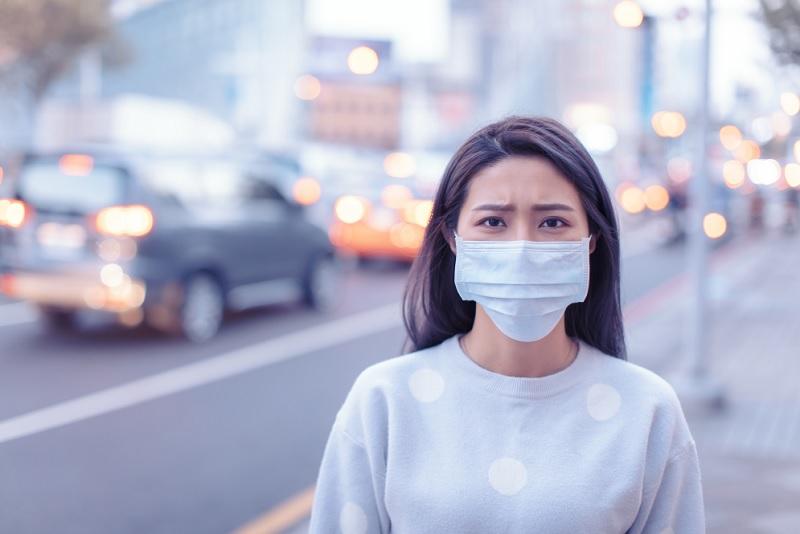 https: img.okezone.com content 2020 12 22 481 2332399 pandemi-covid-19-bikin-orang-indonesia-stres-m7BgLlGZyR.jpg