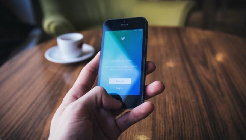 https: img.okezone.com content 2020 12 22 612 2331918 arti-pap-dan-10-bahasa-gaul-2020-yang-sering-muncul-di-media-sosial-qnLLvmbIYS.jpg