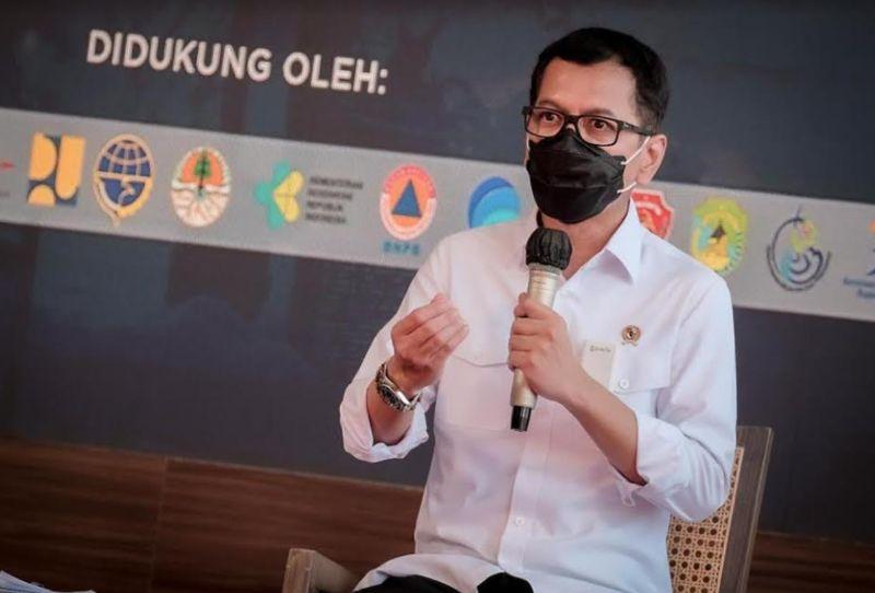 https: img.okezone.com content 2020 12 22 612 2332370 sebelum-reshuffle-kabinet-wishnutama-unggah-kata-mutiara-di-hari-ibu-JASc0yjzJh.jpg