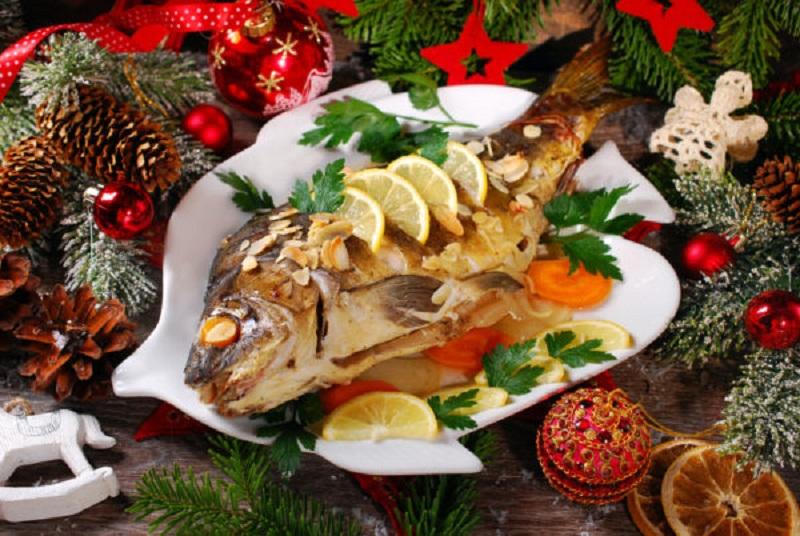 https: img.okezone.com content 2020 12 23 298 2332620 5-makanan-khas-natal-dari-berbagai-negara-lezat-hangatkan-suasana-QdyTogdYpj.jpg