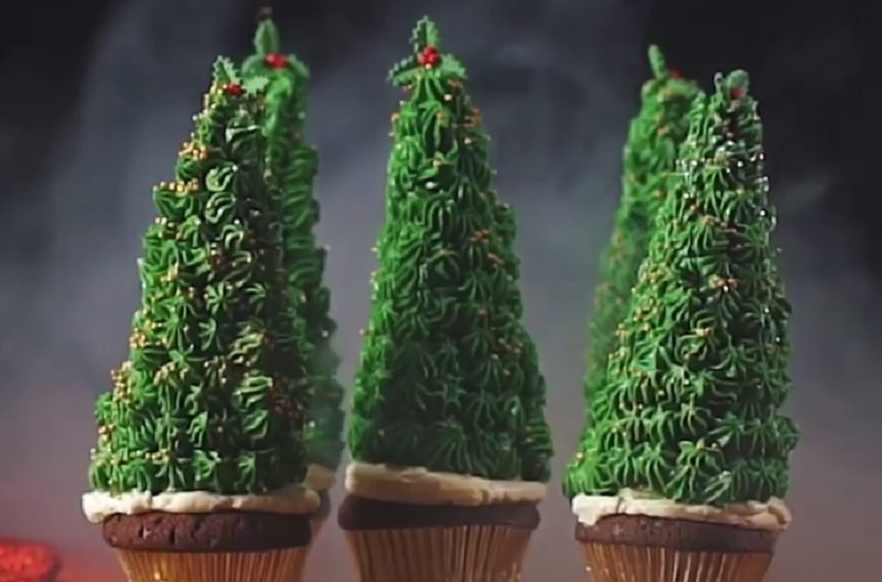 https: img.okezone.com content 2020 12 24 298 2333486 resep-cupcake-pohon-natal-siap-meriahkan-suasana-jamuan-ABSjvmy4dQ.jpg