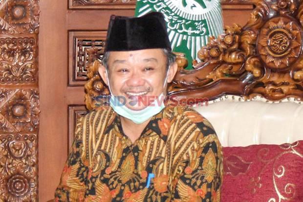 https: img.okezone.com content 2020 12 24 337 2333140 hnw-salut-atas-sikap-abdul-mu-ti-yang-menolak-gabung-dalam-kabinet-indonesia-maju-pURGAAMh1C.jpg