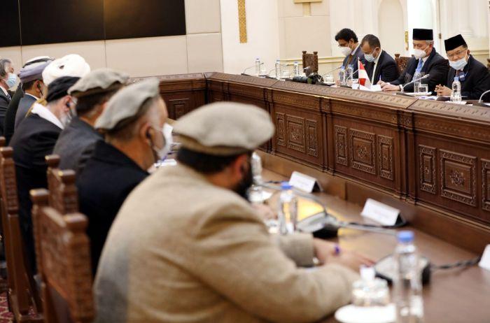 https: img.okezone.com content 2020 12 24 337 2333178 jk-diminta-fasilitasi-dialog-pemerintah-afghanistan-dengan-taliban-di-jakarta-2r95YF7GZd.jpg