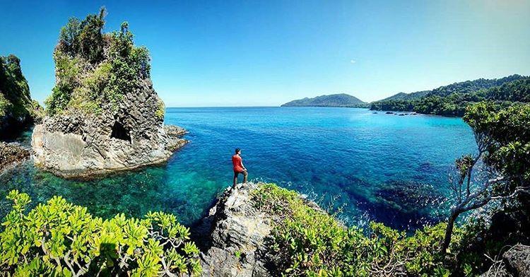 https: img.okezone.com content 2020 12 24 406 2333243 ribuan-wisatawan-liburan-ke-sabang-penginapan-full-booking-jjCa0QTIJL.jpg