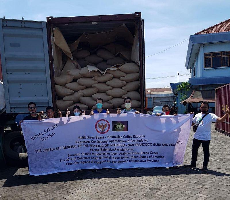 https: img.okezone.com content 2020 12 25 455 2333685 startup-ini-ekspor-1-kontainer-kopi-indonesia-ke-as-tNCEiudLK2.jpg