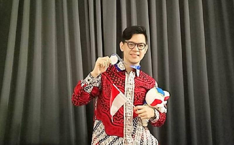 https: img.okezone.com content 2020 12 26 612 2334210 jerry-masterchef-indonesia-calon-pemenang-yang-pernah-tereliminasi-1646DgpnJU.jpg