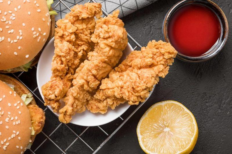 https: img.okezone.com content 2020 12 27 298 2334607 cita-rasa-baru-orange-chicken-yang-menggugah-selera-dacrCGTekI.jpg