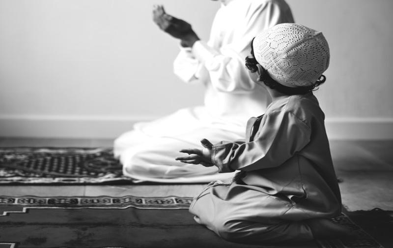 https: img.okezone.com content 2020 12 28 330 2334992 panjatkan-doa-perlindungan-untuk-anak-anak-begini-caranya-23MgC8qjej.jpg