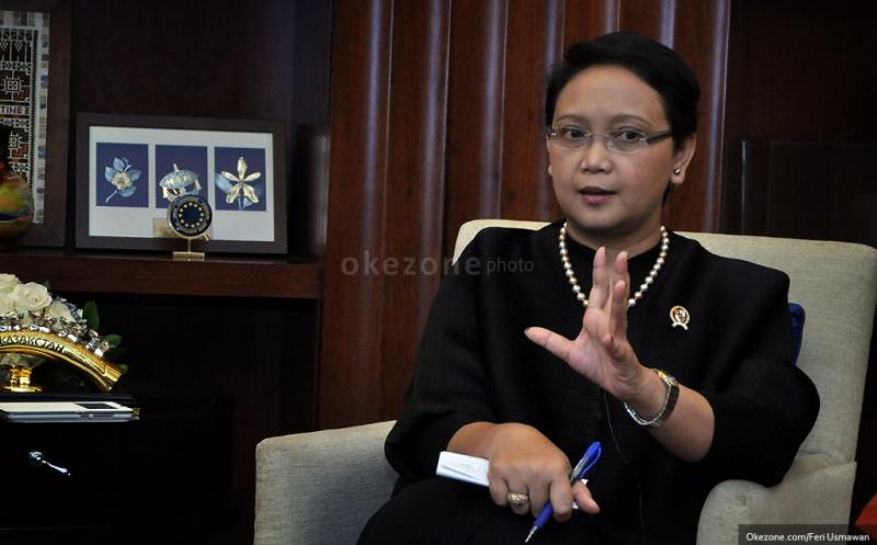 https: img.okezone.com content 2020 12 28 337 2335105 cegah-varian-baru-covid-19-pemerintah-tutup-akses-masuk-wna-ke-indonesia-ugnvFOsGSJ.jpg
