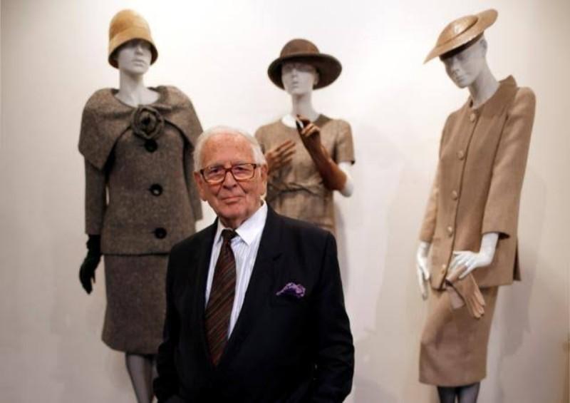 Desainer Pierre Cardin Meninggal di Usia 98 Tahun : Burkelandya Gaya Hidup