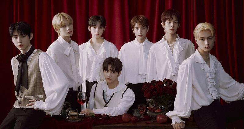 https: img.okezone.com content 2020 12 29 205 2335593 kaleidoskop-2020-deretan-boy-group-k-pop-yang-debut-tahun-ini-part-2-EBgnHOYsyk.jpg