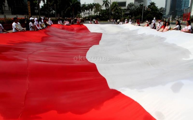 https: img.okezone.com content 2020 12 29 337 2335406 lecehkan-lagu-indonesia-raya-ini-hukuman-yang-bakal-diberikan-EeUKna5KVa.jpg