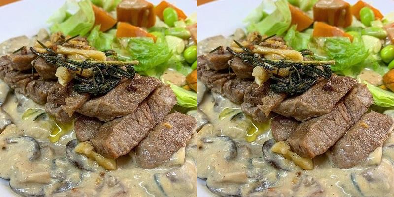https: img.okezone.com content 2020 12 30 298 2336053 resep-wagyu-steak-mushroom-sauce-bisa-untuk-hidangan-malam-tahun-baru-zESvqmdSV2.jpg