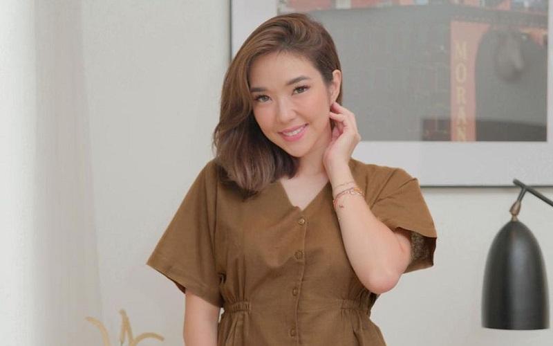 Cara Gisel Kirim Video Syur ke Michael Yukinobu de Fretes : Burkelandya Celebrity