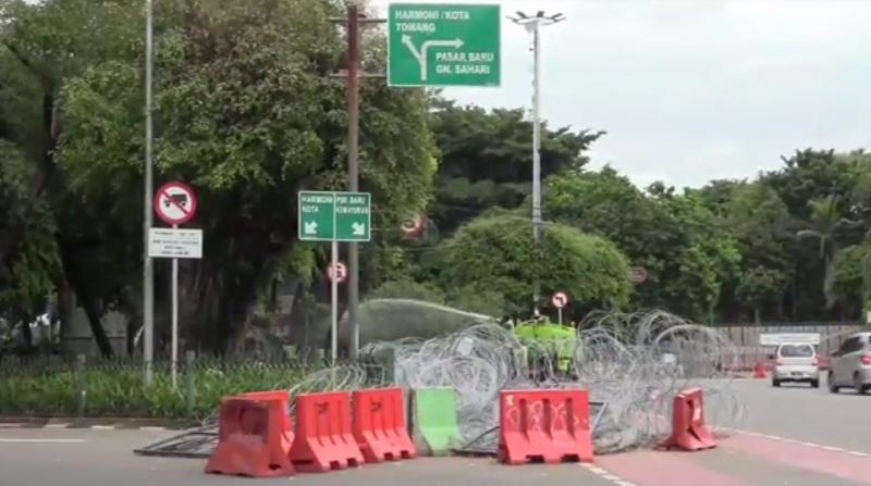 Tahun Baru, Ruas Jalan Sudirman-Thamrin Ditutup Mulai Pukul 20.00 WIB    : Okezone Megapolitan