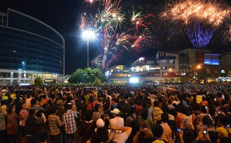 Warga Depok yang Berkerumun di Malam Tahun Baru Bakal Disemprot Disinfektan : Okezone Megapolitan