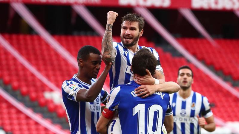 https: img.okezone.com content 2021 01 01 46 2337085 hasil-liga-spanyol-real-sociedad-bungkam-athletic-bilbao-osasuna-dan-alaves-imbang-aVKGuA1pk6.jpg