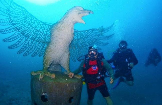 https: img.okezone.com content 2021 01 02 406 2337612 ribuan-struktur-karang-hiasi-panorama-bawah-laut-bali-GRrw4umtgb.JPG
