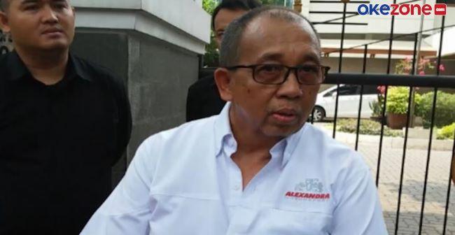 https: img.okezone.com content 2021 01 02 43 2337520 legenda-balap-indonesia-alex-asmasoebrata-meninggal-dunia-FymjjAg9G9.jpg