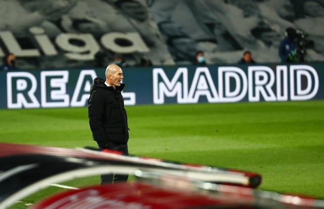 https: img.okezone.com content 2021 01 02 46 2337782 zidane-tak-yakin-persaingan-di-liga-spanyol-2020-2021-hanya-antara-madrid-dan-atletico-saja-LWPhwwad1O.jpg