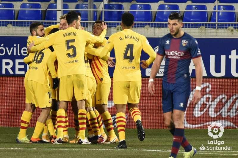 https: img.okezone.com content 2021 01 04 46 2338238 hasil-liga-spanyol-semalam-barcelona-dan-atletico-bawa-pulang-tiga-poin-wphdeeNHh3.jpg