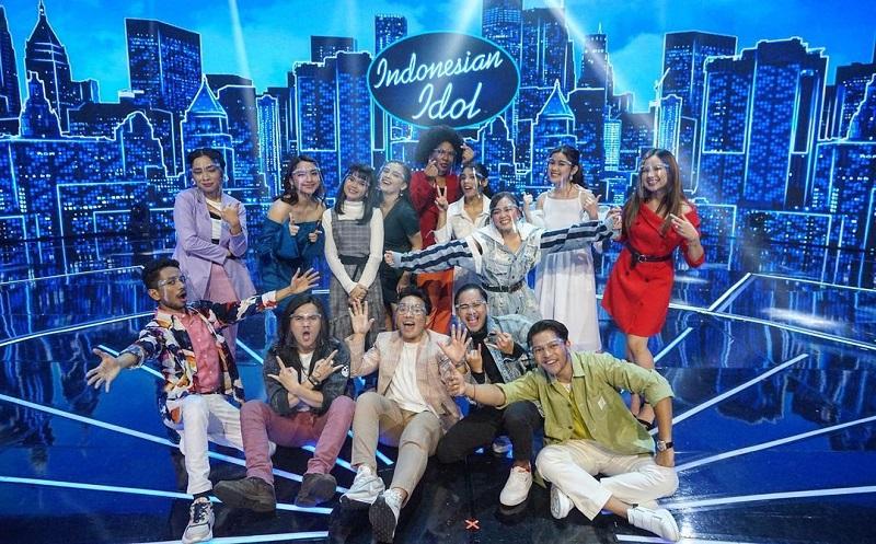 https: img.okezone.com content 2021 01 05 598 2339431 13-finalis-indonesian-idol-yang-lolos-ke-babak-berikutnya-rZJLT0nXe5.jpg