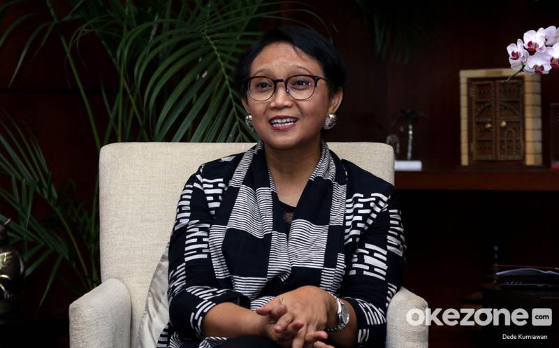 https: img.okezone.com content 2021 01 06 18 2339881 beradaptasi-dengan-pandemi-covid-19-ini-prioritas-diplomasi-indonesia-pada-2021-jNL3OZgVKk.jpeg