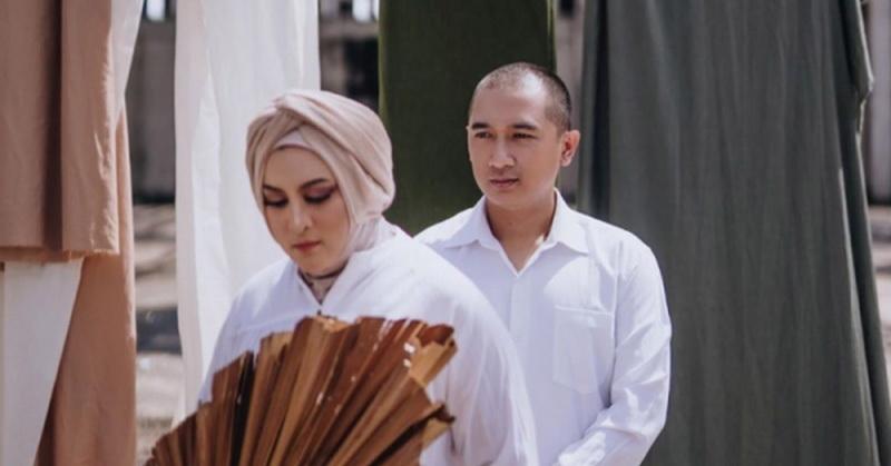 https: img.okezone.com content 2021 01 06 33 2339766 terungkap-pernikahan-jane-shalimar-dan-arsya-wijaya-belum-terdaftar-di-kua-eUyJ3ir8N0.jpg