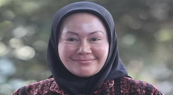 https: img.okezone.com content 2021 01 06 337 2339900 ratu-atut-chosiyah-ajukan-pk-ke-ma-b8qS5SoCNx.jpg