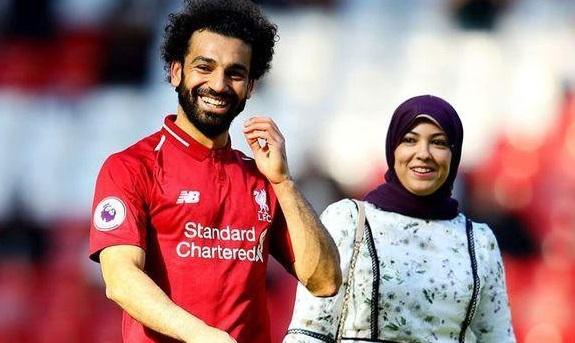 https: img.okezone.com content 2021 01 06 51 2339729 5-wags-pesepakbola-muslim-yang-paling-cantik-nomor-1-tampil-dengan-hijab-dGdik9z8OM.jpg