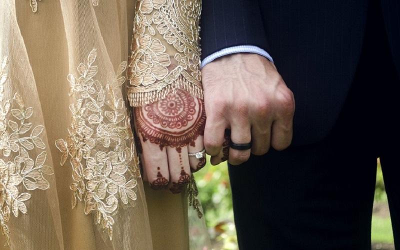 https: img.okezone.com content 2021 01 06 612 2339941 4-hal-yang-harus-diketahui-pasangan-sebelum-menikah-AugXE3c1xF.jpg