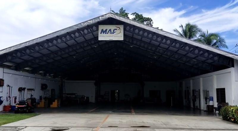 https: img.okezone.com content 2021 01 07 340 2340525 pesawat-maf-dibakar-kelompok-bersenjata-di-papua-pilot-as-lolos-dari-maut-NuY00ZGQ5T.jpg
