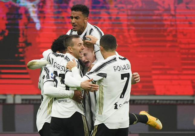 https: img.okezone.com content 2021 01 07 47 2340236 kunci-kemenangan-juventus-hentikan-27-laga-tak-terkalahkan-milan-di-liga-italia-yuetwytae9.jpg