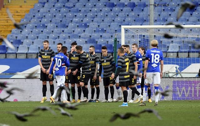 https: img.okezone.com content 2021 01 07 47 2340574 kalah-dari-sampdoria-inter-dinilai-kurang-beruntung-aHqJwb4Box.jpg