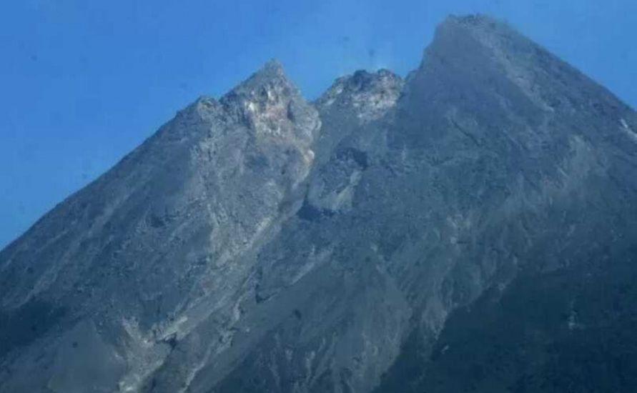 https: img.okezone.com content 2021 01 07 510 2340292 intensitas-guguran-lava-pijar-merapi-terus-meningkat-terjadi-9-kali-dalam-6-jam-7qQb7XWIiz.jpg