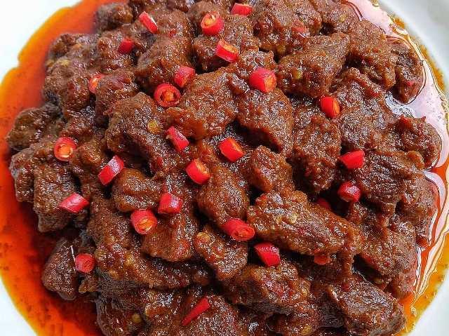 https: img.okezone.com content 2021 01 08 298 2341091 resep-rica-rica-daging-sapi-makanan-khas-manado-yang-pedas-gurih-WP4UPT7NuY.jpg