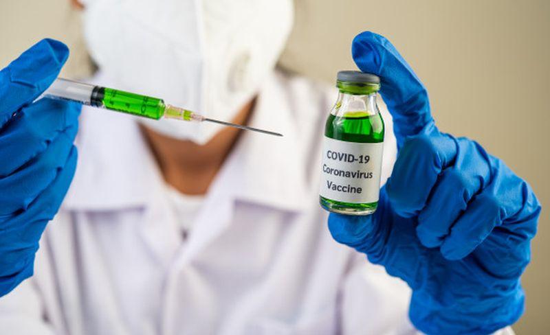 https: img.okezone.com content 2021 01 08 481 2341278 perlukan-orang-yang-sudah-terinfeksi-covid-19-mendapat-vaksin-GvZdSMLURM.jpg