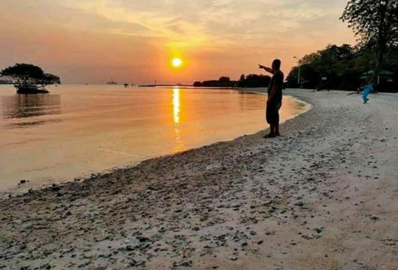 https: img.okezone.com content 2021 01 09 406 2341694 menengok-keindahan-pulau-lancang-titik-hilangnya-pesawat-sriwijaya-air-ArQboSyxVv.jpg