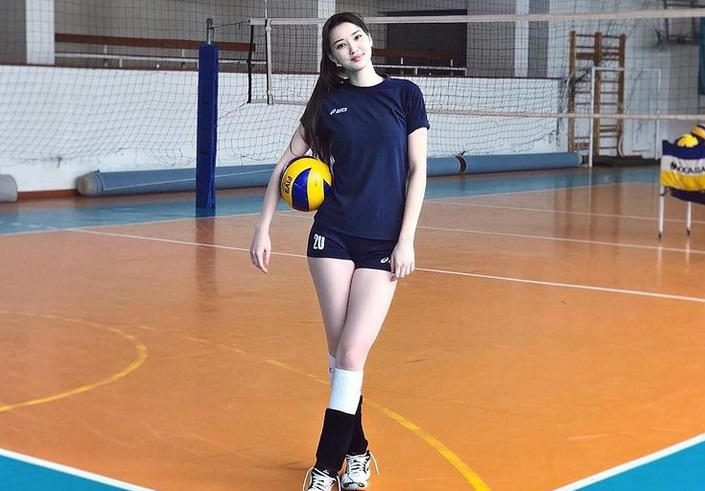 https: img.okezone.com content 2021 01 09 43 2341396 sabina-altynbekova-mulai-gerah-kecantikannya-terus-jadi-sorotan-media-gQXUHLD13A.jpg
