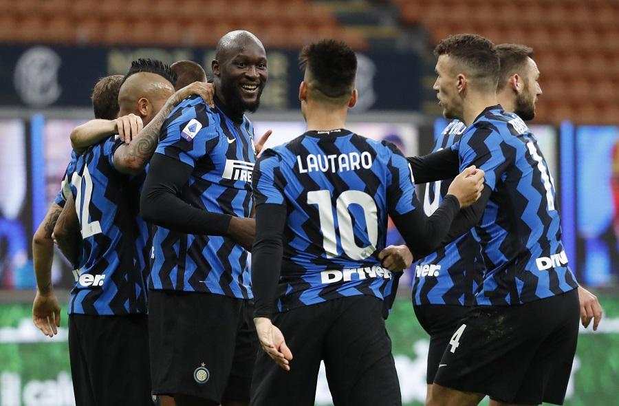 https: img.okezone.com content 2021 01 09 47 2341411 kalah-dari-sampdoria-inter-milan-ingin-bangkit-di-kandang-as-roma-KSVxWe8Jcm.jpg