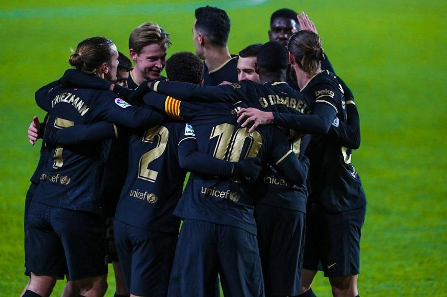 https: img.okezone.com content 2021 01 10 46 2341802 gol-gol-messi-dan-griezmann-beri-barcelona-kemenangan-di-kandang-granada-GStlSdpi4S.jpg