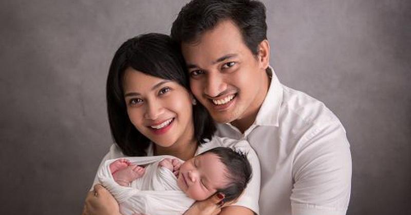 https: img.okezone.com content 2021 01 11 33 2342757 harapan-di-ultah-pernikahan-vanessa-angel-bayi-kembar-hingga-tas-mewah-fwRqWKKsTQ.jpg